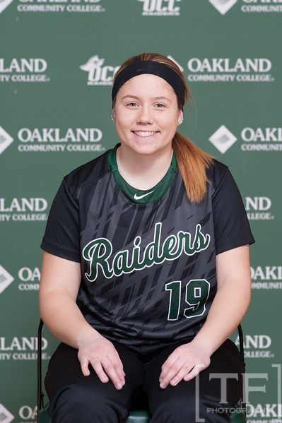 NJCAA: Oakland CC Softball - Portrait