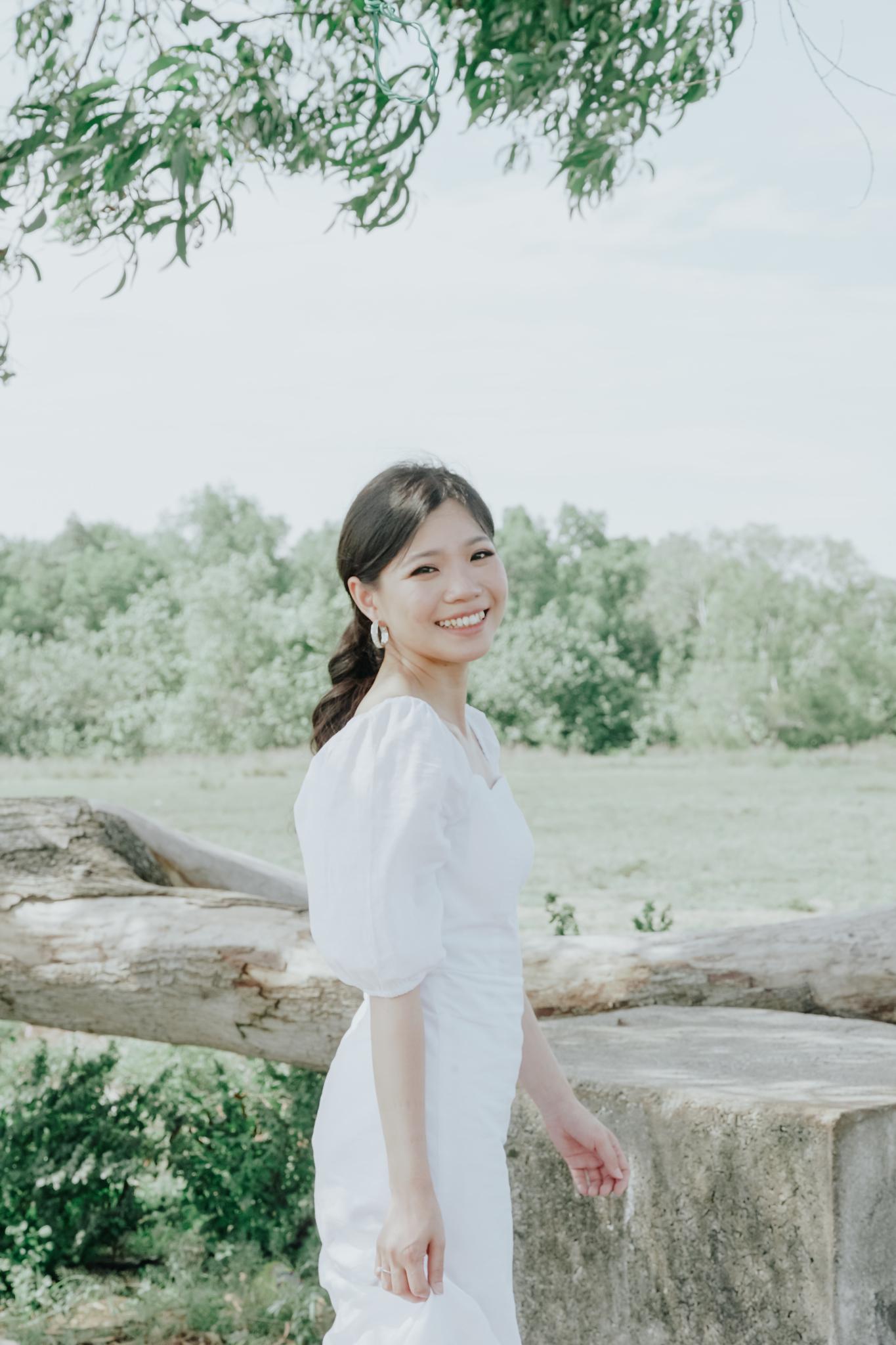 Pre Wedding Lifestlye Portrait Shoot in Pantai Acheh Klang