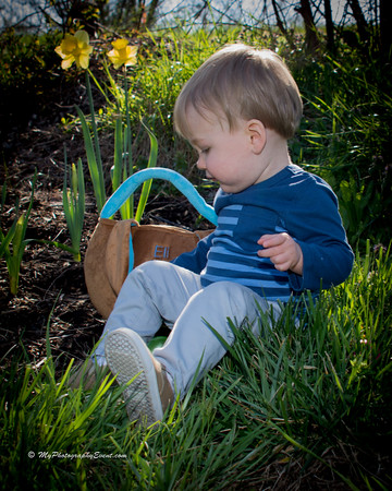 Eli's Easter Pictures