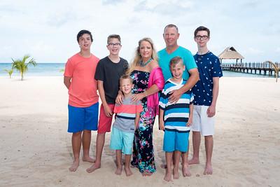 Smith Taylor Family 053017 final