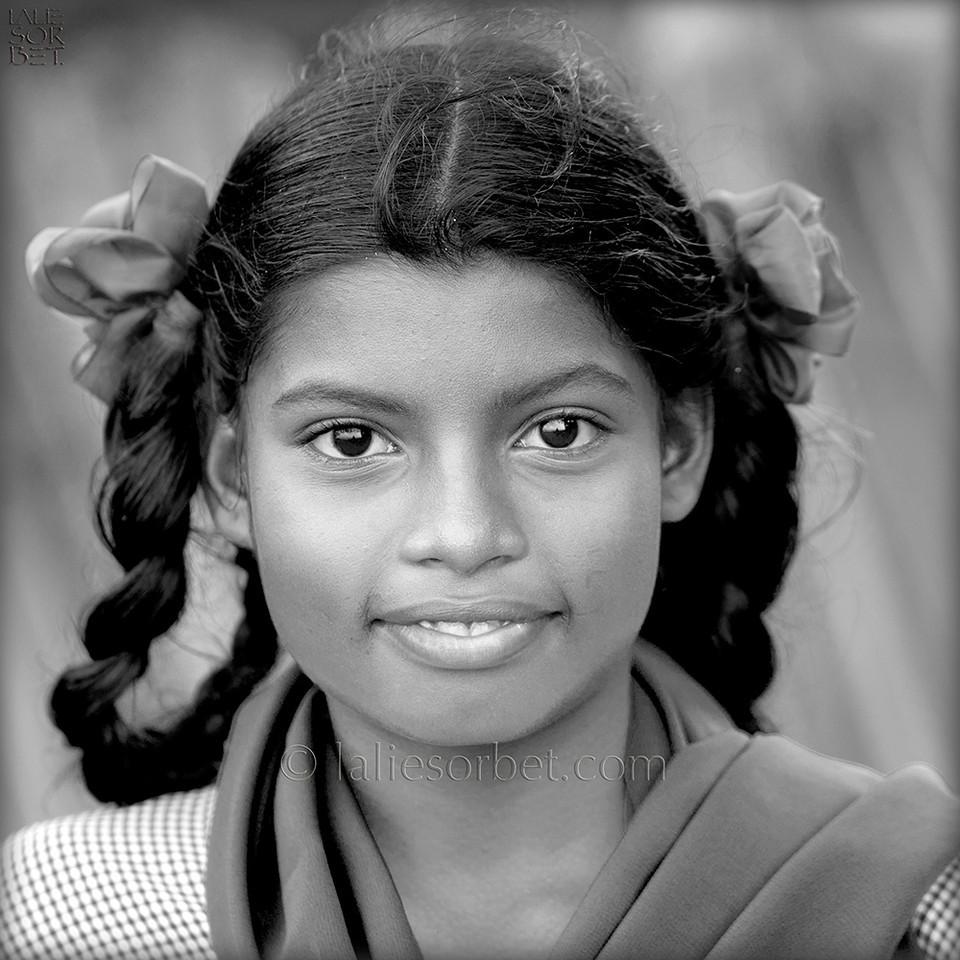 Student  the island of Rameswaram, Tamil Nadu, India.<br /> Ecolière sur l'île de Rameswaram, Tamil Nadu, India.