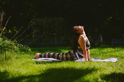 YL Yoga (8 of 17)