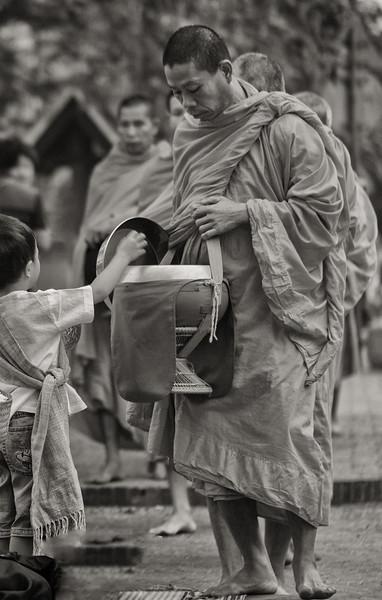 Alums Giving, Luang Prabang, Laos