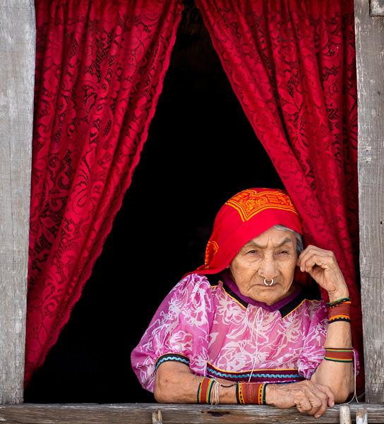 Kuna Woman, Panama