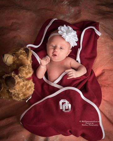 Elliana Newborn Photography