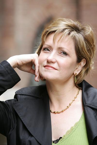 LAURA AIKIN