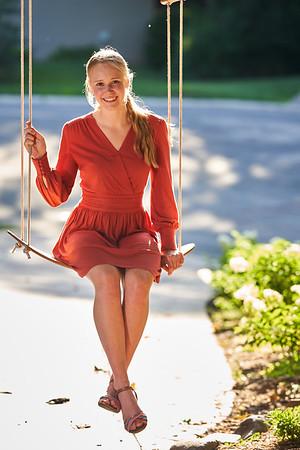 15  Phoebe Senior Portrait 8-13-2020 RobertEvansImagery com