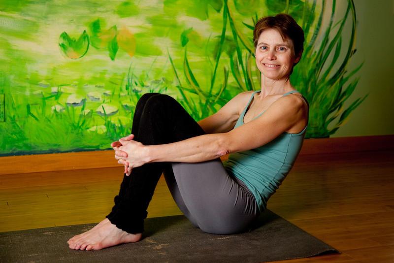wendy yoga-76