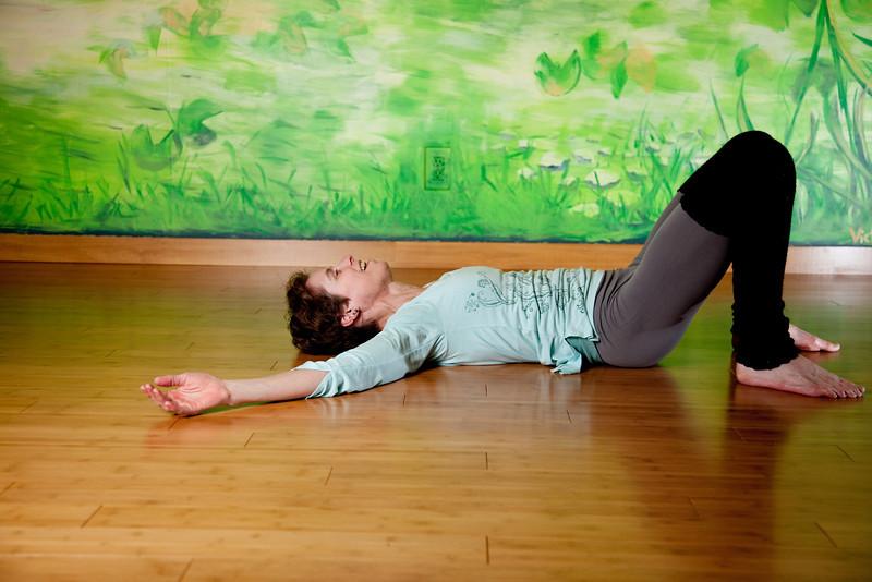 wendy yoga-23