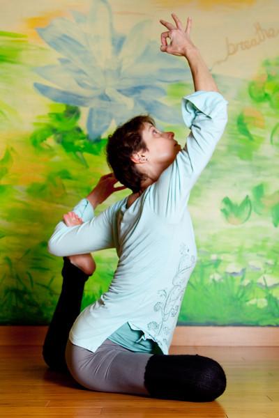wendy yoga-17