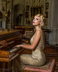 Evie_Piano_002