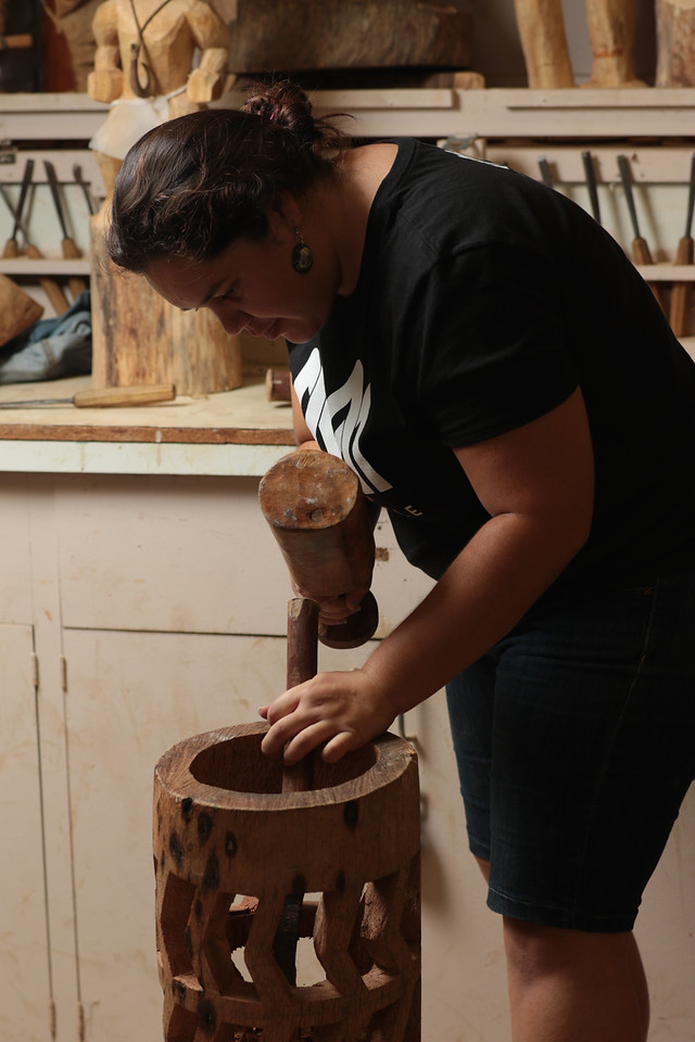 Pahu (Drum) - Coconut Tree Log , ʻUlana Kalāhiki-Anthony