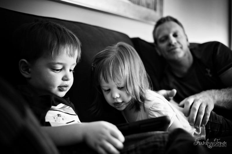 family-photojournalism-portraits-victoria-3953