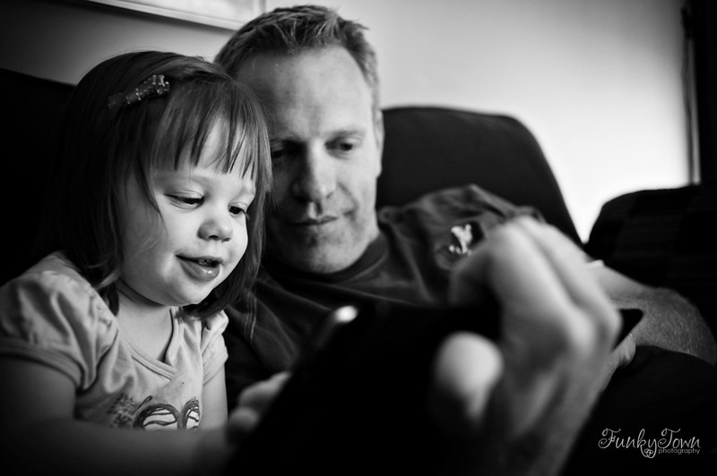 family-photojournalism-portraits-victoria-3955