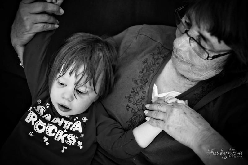 family-photojournalism-portraits-victoria-3936