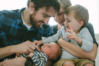 Henderson Family + Oliver Newborn_0223