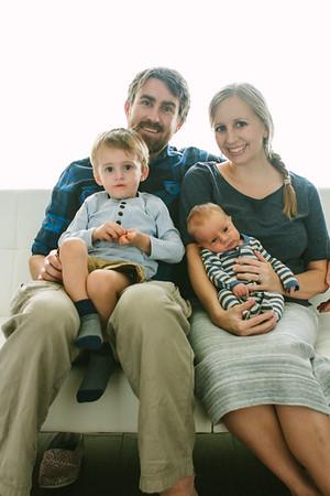 Henderson Family + Oliver Newborn_0123-476