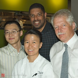 Qube owner, Fu Shen Chang, Executive Chef, Lisa Nakamura, James King and Winemaker Bill Owen