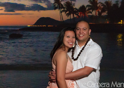0M2Q4482-Jana Mike-Baluyot Strong-engagement photo session-koolina-ko olina-oahu-hawaii-october 2010