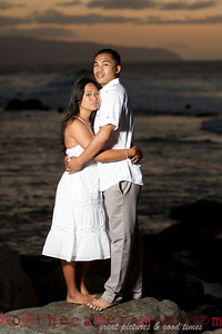 0M2Q9824-Jeffrey and Xania Engagement Portrait Session-North Shore-Rockpile-Oahu-Hawaii-March 2011