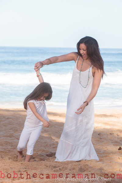 IMG_9223-Beydoun family-mother duaghter portrait-Sunset Beach-North Shore-Oahu-Hawaii-December 2014