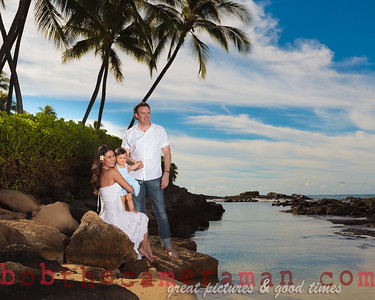 IMG_6615-Bocalbos Lommerin family portrait-Paradise Cove Public Beach-Oahu-October 2013-Edit