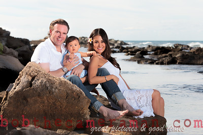 IMG_1963-Bocalbos Lommerin family portrait-Paradise Cove Public Beach-Oahu-October 2013-Edit