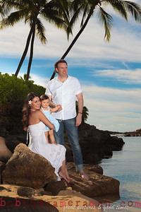 IMG_6615-Bocalbos Lommerin family portrait-Paradise Cove Public Beach-Oahu-October 2013-Edit-2