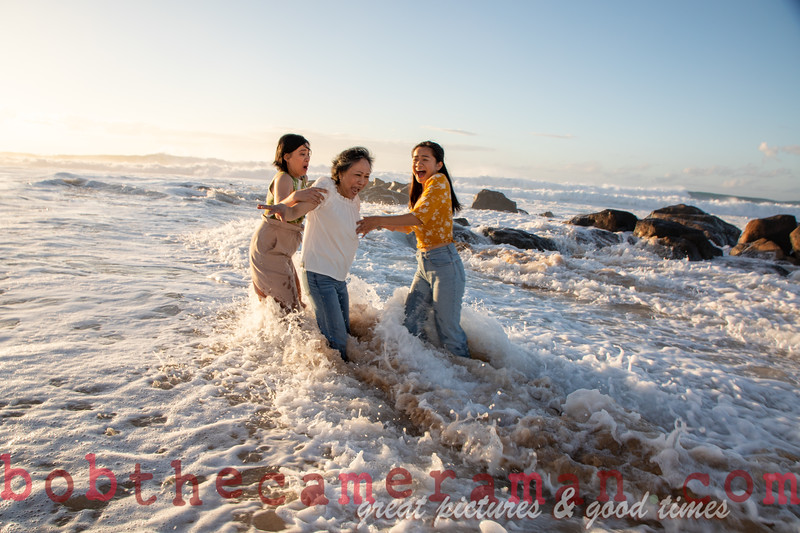 H08A8016-Dikitanan Family Portrait-Rockpiles Beach-Oahu-January 2020
