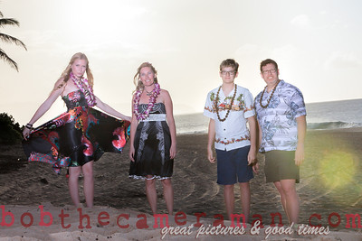 IMG_4636-Farnell family portrait-Rockpile-North Shore-Hawaii-December 2013-Edit