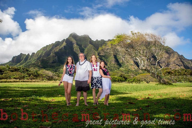 H08A7415-Jacobson Family Portrait-Kualoa Regional Park-Oahu-Hawaii-December 2019