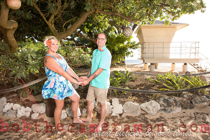 H08A7671-Jessica and Daniel anniversary portrait-Rockpiles-North Shore-Hawaii-August 2017