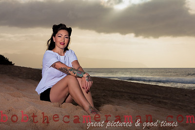 pin-up photography Hawaii - bob the camera man