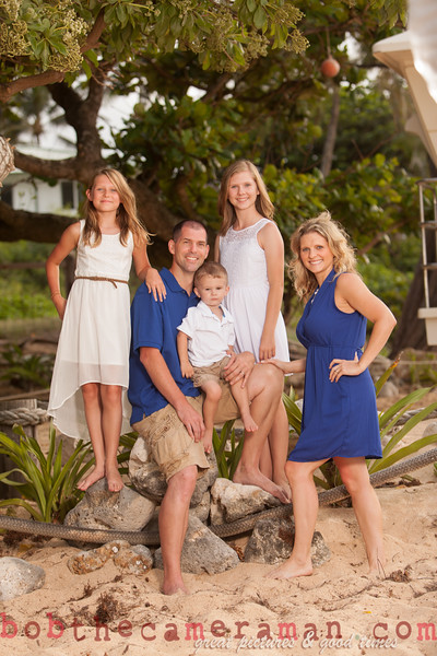 IMG_2968-Muirbrook Family portrait-Rockpiles-Cabins-North Shore-Hawaii-August 2015