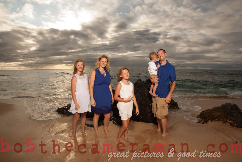 IMG_1529-Muirbrook Family portrait-Rockpiles-Cabins-North Shore-Hawaii-August 2015