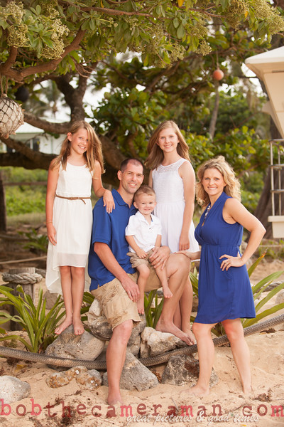 IMG_2971-Muirbrook Family portrait-Rockpiles-Cabins-North Shore-Hawaii-August 2015