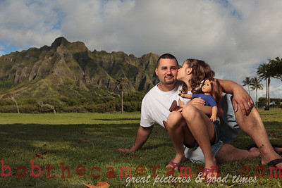 IMG_5708-Orta Wright Paredes family portrait-Kualoa Regional Park-Oahu-October 2013