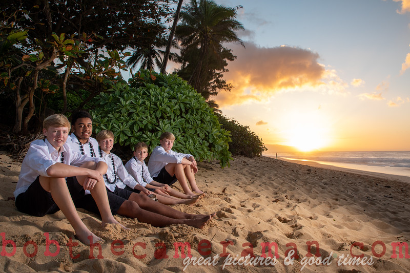 H08A7617-Perraut Family Portrait-Rockpiles Beach-Oahu-December 2019-Edit