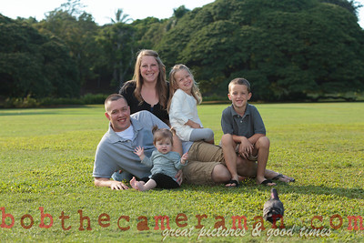 IMG_9338-Walgrave Family portrait-Moanalua Gardens Park-Oahu-Hawaii-October 2013