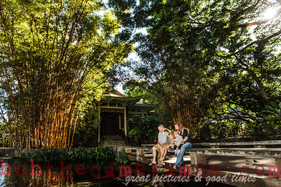 IMG_4984-Walgrave Family portrait-Moanalua Gardens Park-Oahu-Hawaii-October 2013-Edit