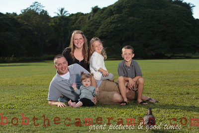 IMG_9337-Walgrave Family portrait-Moanalua Gardens Park-Oahu-Hawaii-October 2013