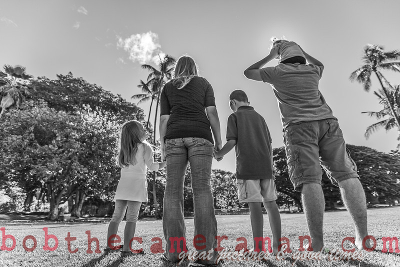 IMG_4961-Walgrave Family portrait-Moanalua Gardens Park-Oahu-Hawaii-October 2013-Edit