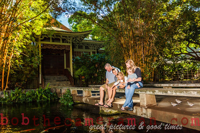 IMG_4974-Walgrave Family portrait-Moanalua Gardens Park-Oahu-Hawaii-October 2013-Edit