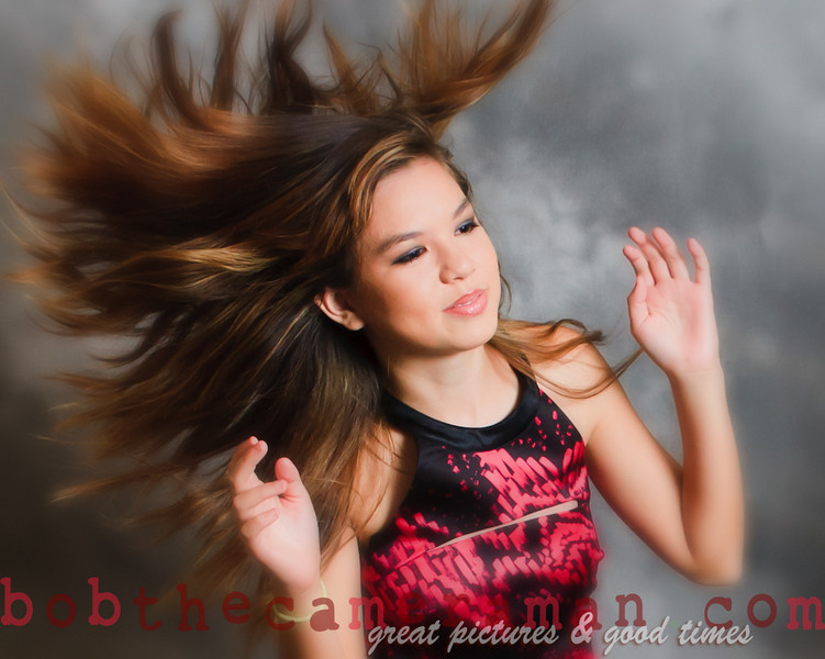 Sara in a shampoo commercial ad.  No; actually this is a candid image of her which she didn't expect.