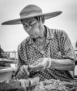 Chung Chau 2010, working on the docks.