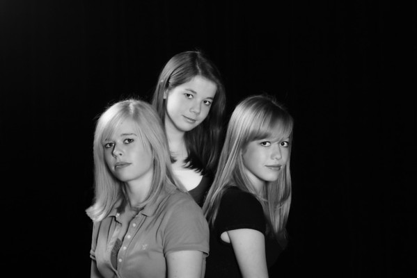 Three Pretty Girls-obw