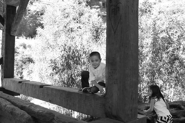 bw_160813_JameyThomas_Wu_Family_071