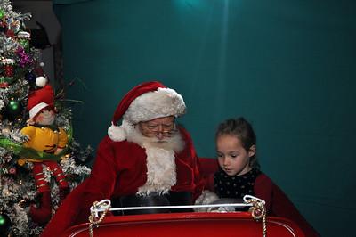 2011 Santa Photo 029
