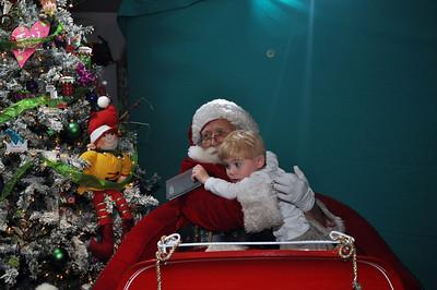 2011 Santa Photo 017