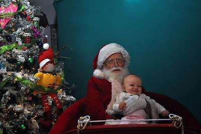 2011 Santa Photo 009